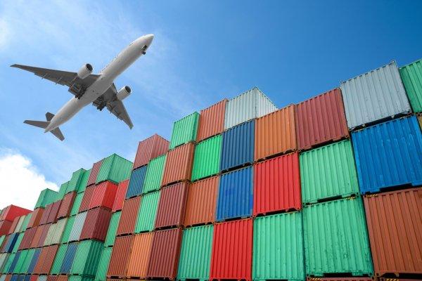 Air freight cargo
